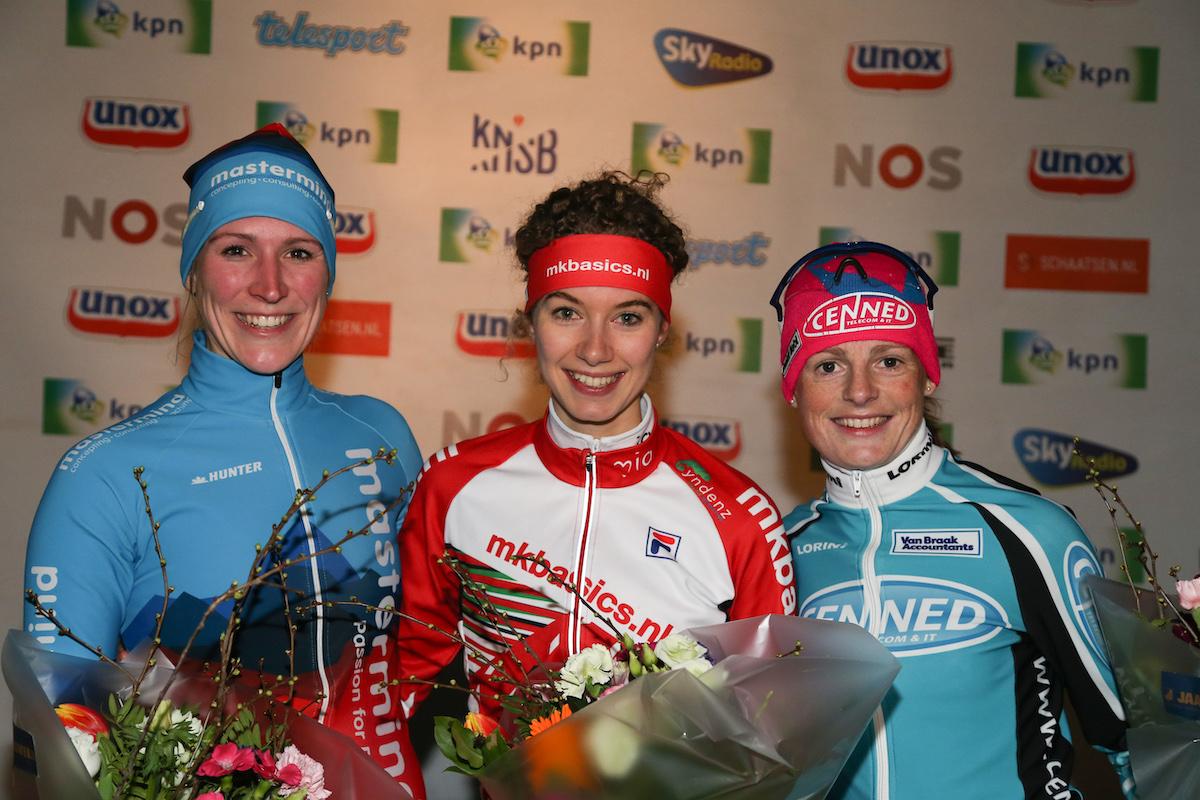 Marathonschaatsen Jessica Merkens sportjournalist foto Neeke Smit Timsimaging web